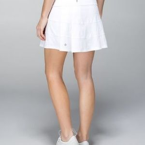 Pace Rival Skirt * White